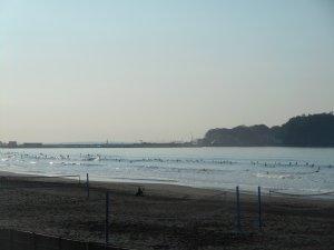 ムネ前後、遊べる波ですよ!!